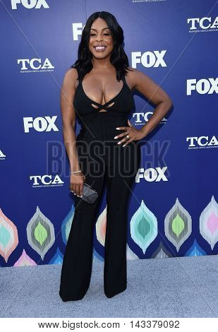 LOS ANGELES - AUG 08:  Niecy Nash arrives to the FOX Summer TCA Party 2016 on August 08, 2016 in West Hollywood, CA