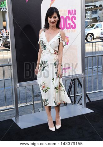LOS ANGELES - AUG 15:  Perrey Reeves arrives to the