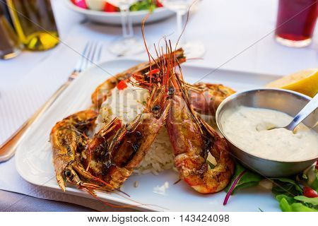Grilled Scampi With Aioli