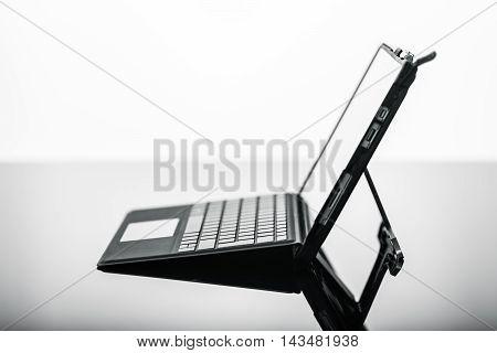 Very Thin Laptop