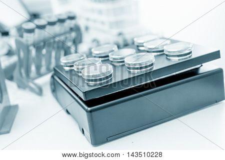 Petri dish in lab