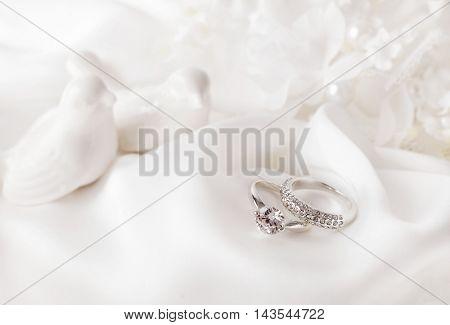 wedding decoration with wedding rings