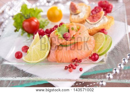 christmas entree with salmon and berry