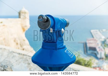 Spyglass for viewing tourists attractions. Santa Barbara Castle, Alicante