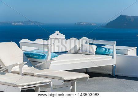 Beautiful terrace with view of the caldera - Santorini - Greece