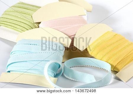 Heap of wrapping Cards with elastics in several colors