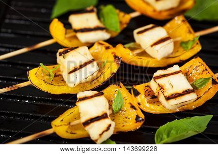 Halloumi Cheese And Bell Pepper Skewers