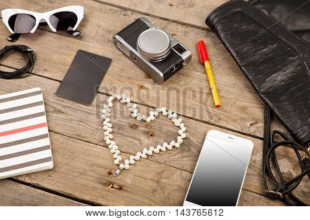 Women Set With Bag, Smart Phone, Sunglasses, Notepad, Headphones, Camera, Pearl And Tag On Brown Woo