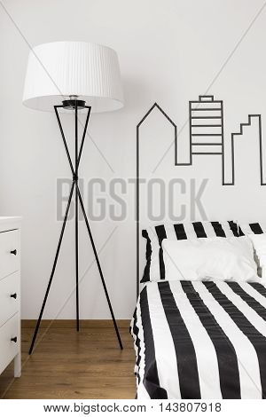 Geometrical Accents In Bedroom Design