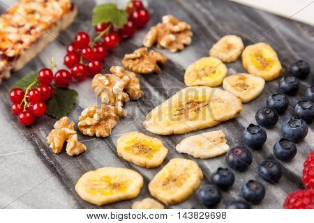 Muesli bar with berries