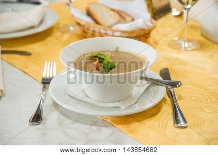 Cream soup with green lentil butternut, cuisine