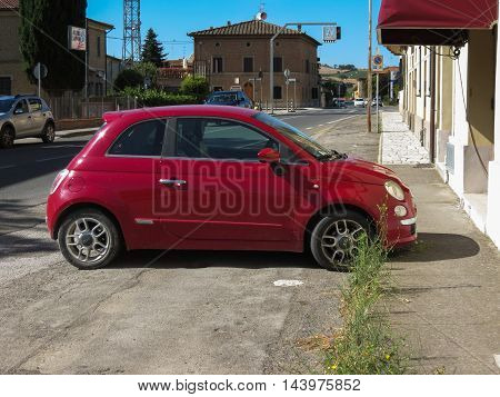 Red Fiat New 500 Car