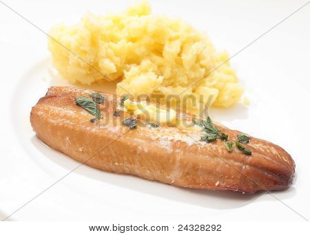 Grilled Kipper And Mashed Potato