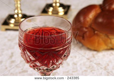 Shabbat Wine 1