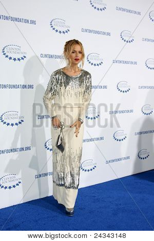 .LOS ANGELES - OCT 14:  Rachel Zoe arriving at the Clinton Foundation