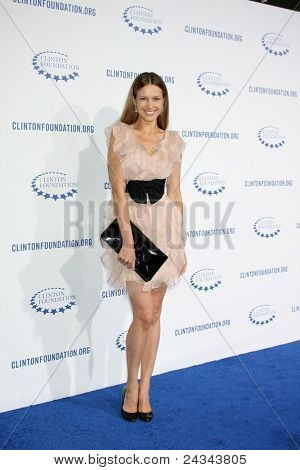 .LOS ANGELES - OCT 14:  Petra Nemcova arriving at the Clinton Foundation