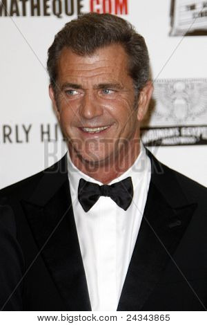 LOS ANGELES - OCT 14:  Mel Gibson arriving at the 25th American Cinematheque Award Honoring Robert Downey Jr. at the Beverly Hilton Hotel on October 14, 2011 in Beverly Hills, CA