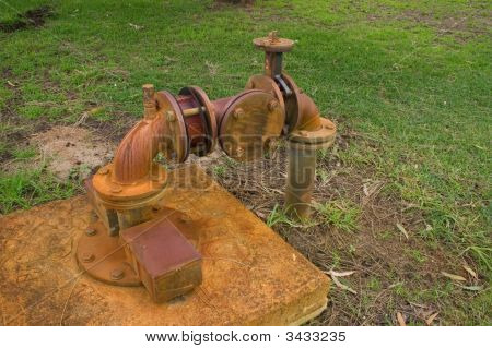 Water Pipe With Valve