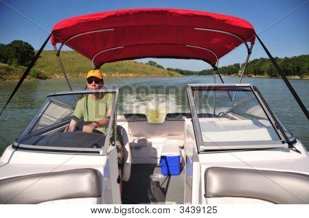 Speed Boating In Kentucky