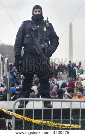 Police With Big Gun At Obama Inauguration