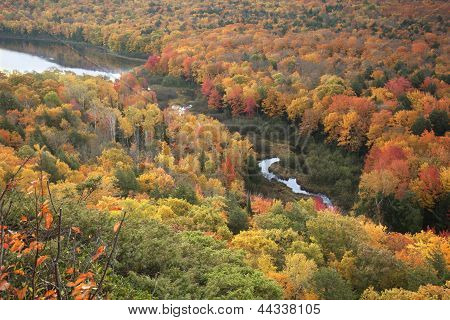Small River And Lake Of The Clouds In Full Autumn Color