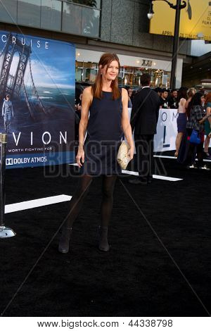 LOS ANGELES - APR 10:  Michelle Stafford arrives at the