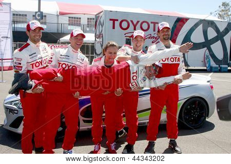 LOS ANGELES - APR 9:  Jesse Metcalfe, Brett Davern, Kate del Castillo, Jackson Rathbone, Jeremy Sisto, with Mark Steines at the Toyota ProCeleb Race Press Day 2013 on April 9, 2013 in Long Beach, CA