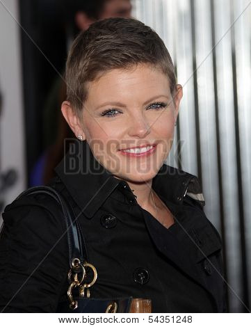 LOS ANGELES - OCT 02:  NATALIE MAINES arrives to the