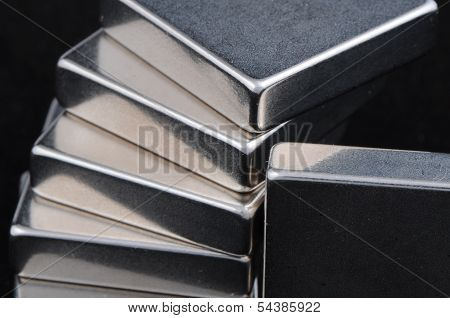 Stacked Rare Earth Magnets
