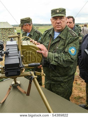 KOSTROMA REGION - AUG 26: Vladimir Shamanov (Commander-in-Chief Russian Airborne Troops) during Command post exercises with 98-th Guards Airborne Division, Aug 26, 2010 in Kostroma region, Russia.