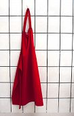 picture of pinafore  - Red apron  - JPG