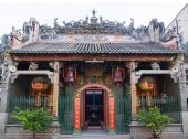 pic of cho-cho  - The entrance of Thien Hau Pagoda the oldest pagoda in Ho Chi Minh City situated in Cho Lon Chinatown - JPG