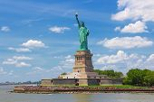 pic of statue liberty  - New York City United States  - JPG