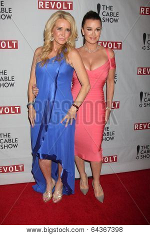 LOS ANGELES - APR 30:  Kim Richards, Kyle Richards at the NCTA's Chairman's Gala Celebration of Cable with REVOLT at The Belasco Theater on April 30, 2014 in Los Angeles, CA