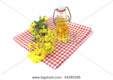 Fresh Yellow Rapeseed Oil