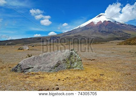 Frontal view of the Cotopaxi volcano
