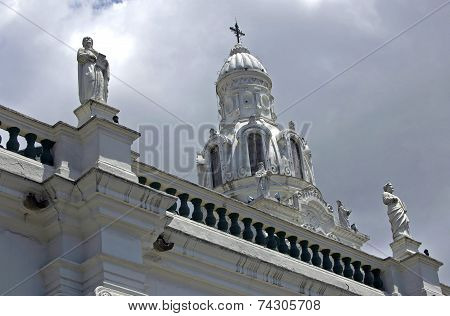 Statues of the Quito Cathedral