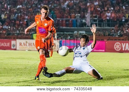 Sisaket Thailand-october 15: Brent Mcgrath Of Sisaket Fc. Shoot The Ball During Thai Premier League