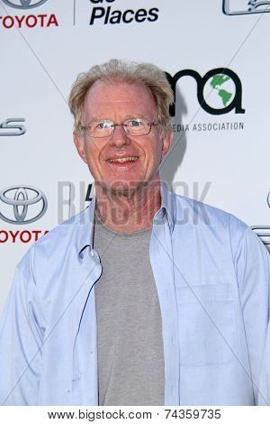 LOS ANGELES - OCT 18:  Ed Begley Jr at the 2014 Environmental Media Awards at Warner Brothers Studios on October 18, 2014 in Burbank, CA