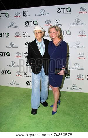 LOS ANGELES - OCT 18:  Normal Lear at the 2014 Environmental Media Awards at Warner Brothers Studios on October 18, 2014 in Burbank, CA