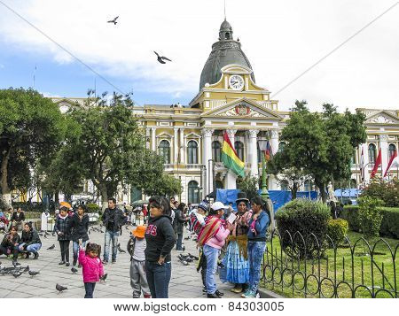 People At Legislative Palace, Seat Of The Government Since 1905, On Plaza Murillo In The City Center