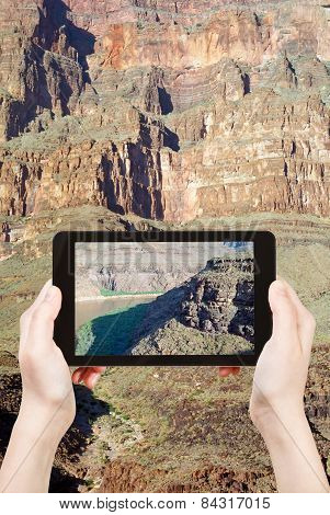Shooting Photo Of Colorado River In Grand Canyon