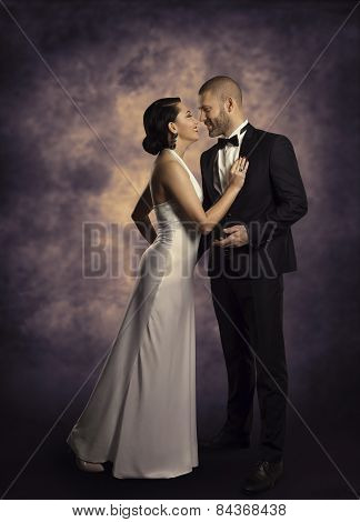 Couple Retro Man And Woman In Love, Fashion Beauty Portrait Of Models Embracing