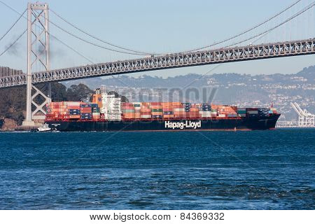 San Francisco, Us - Sept 20, 2010: Hapag-lloyd Container Ship Moving Under  Oakland Bay Bridge On It