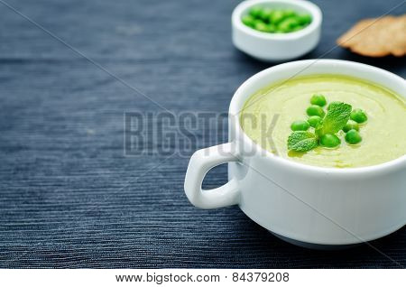 Soup Puree Of Green Peas