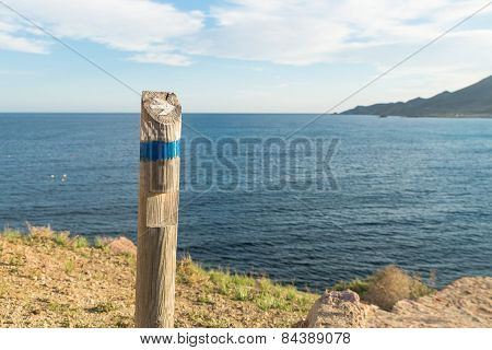 Hiking Guidepost