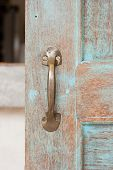 pic of door-handle  - The old retro brass door - JPG