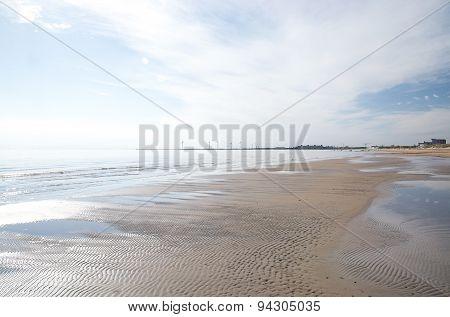 Coastal wind power turbines