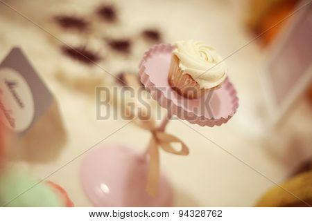 Cupcake On Stand