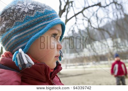 Child portrait in winter